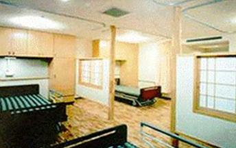 4人居室は広い空間でゆったりと